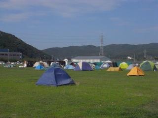 専修大学石巻ボランティアセンター1
